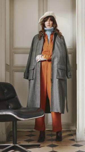 DADA-Diane-Ducasse-AH21-manteau-cachemire-gris-vert-chemise-boyscout-pantalon-jules-flanelle-orange-pull-over-maille