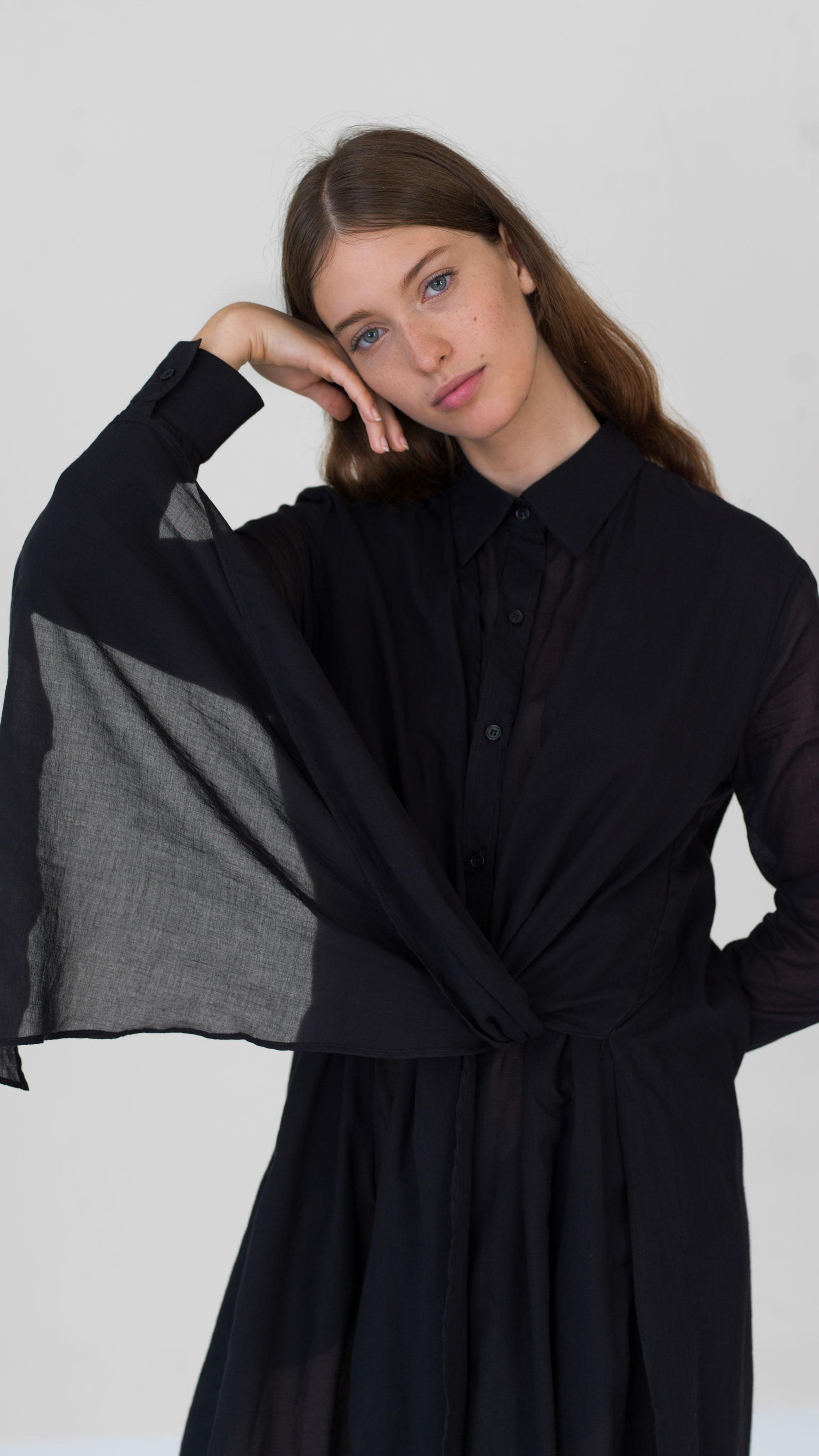 DADA_DIANE_DUCASSE_Dress_Shirt_Knotted_Black_5