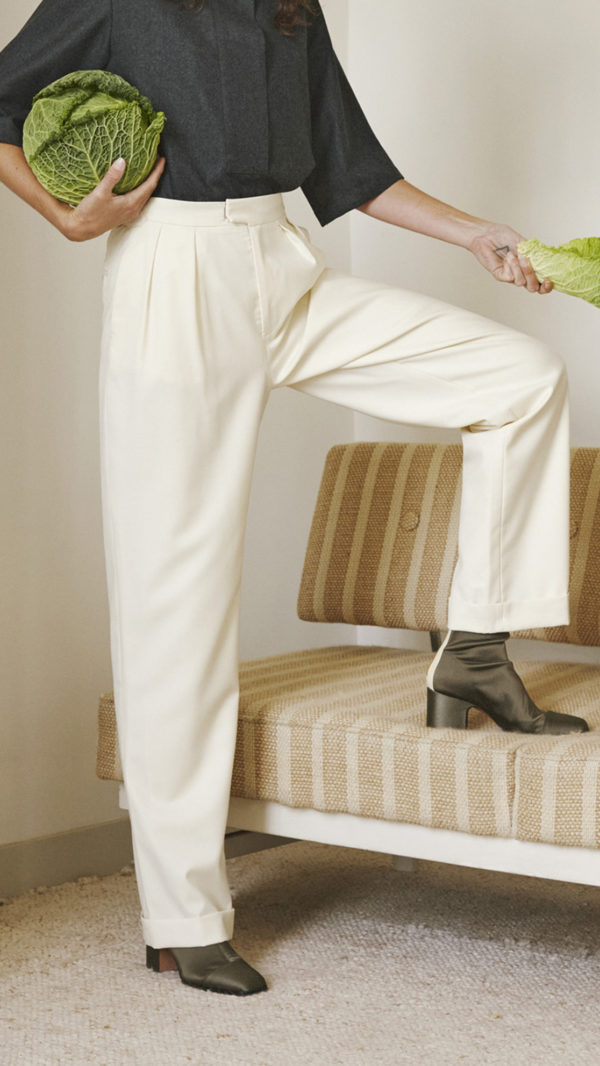 DADA-Diane-Ducasse-AH21-top-polo-flanelle-anthracite-pantalon-jules-ivoire-2