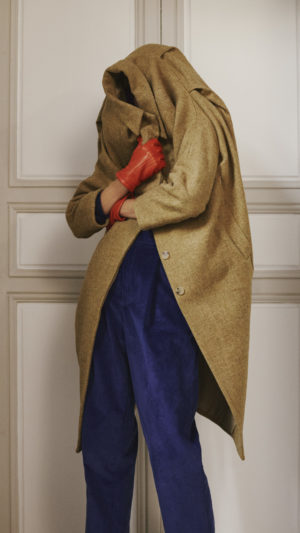 DADA-Diane-Ducasse-AH21-manteau-laine-vierge-anis-pantalon-jules-bleu