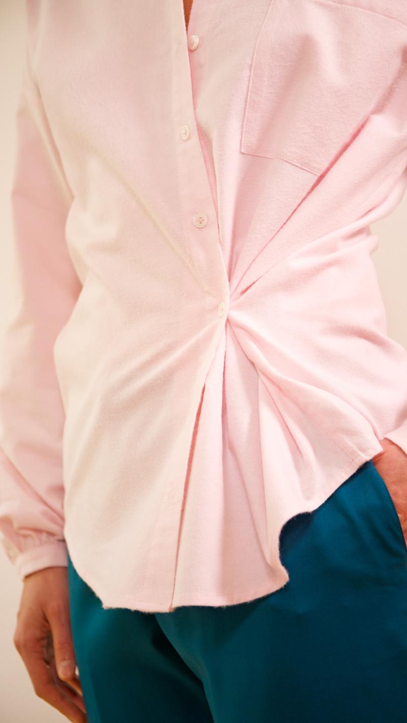 DADA-DIANE-DUCASSE-chemise-oversized-pilou-rose-pantalon-elastique-flanelle-canard-detail-2