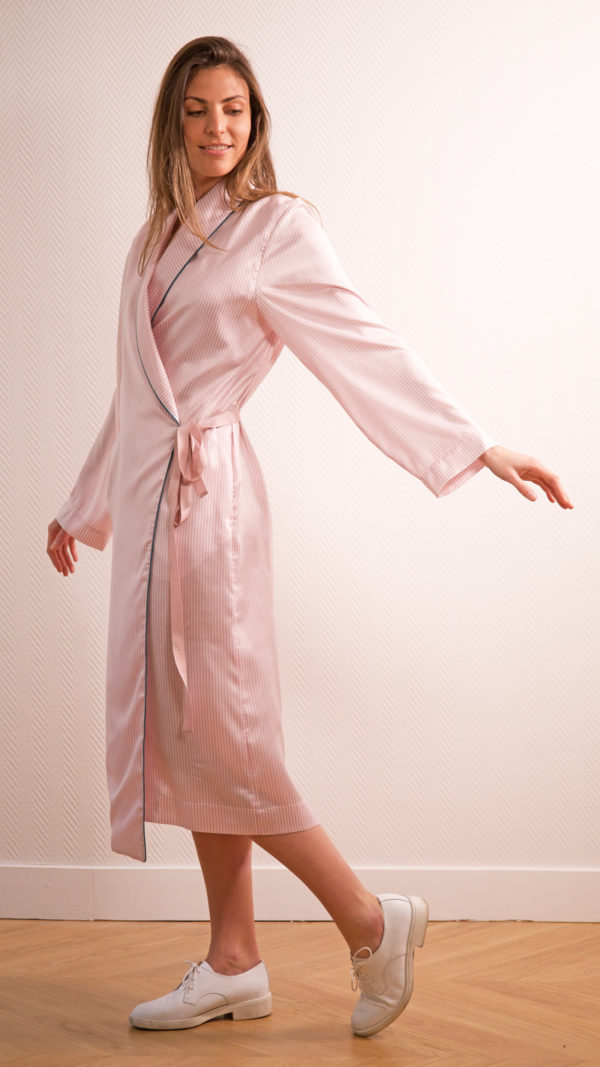 DADA-DIANE-DUCASSE-robe-peignoir-soie-raye-rose-3