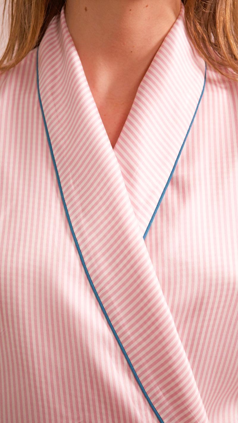 DADA-DIANE-DUCASSE-robe-peignoir-soie-raye-rose-col-3