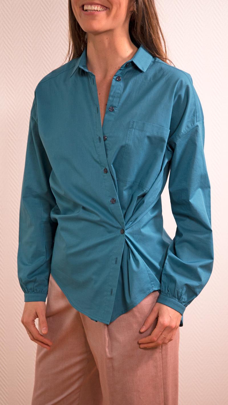 DADA-DIANE-DUCASSE-chemise-oversized-drape-coton-bleu-petrole-detail