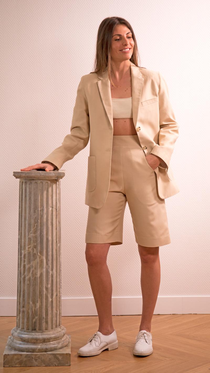 DADA-DIANE-DUCASSE-veste-tailleur-gala-bermuda-coton-soie-beige-3