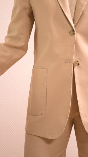 DADA-DIANE-DUCASSE-veste-tailleur-gala-coton-soie-beige-detail-4