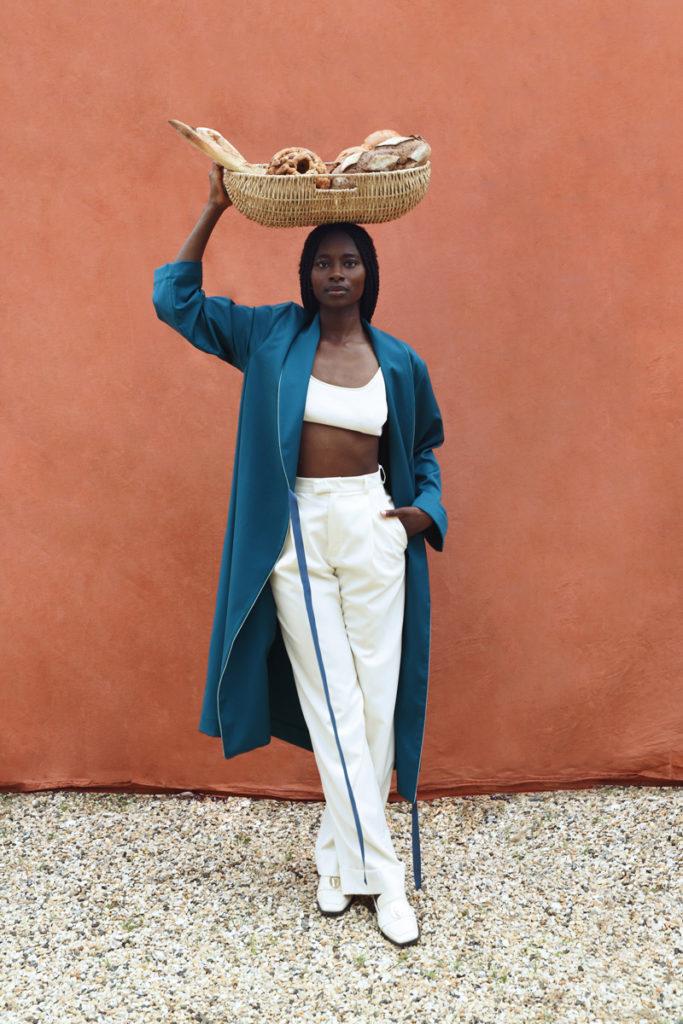 DADA-Diane-Ducasse-PE21-peignoir-flanelle-petrole-pantalon-ivoire-web