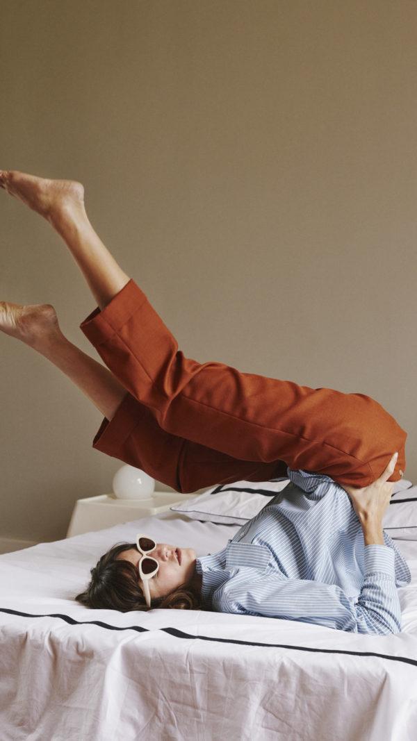 DADA-Diane-Ducasse-AH21-chemise-boyscout-popeline-coton-rayure-pantalon-jules-flanelle-orange-2